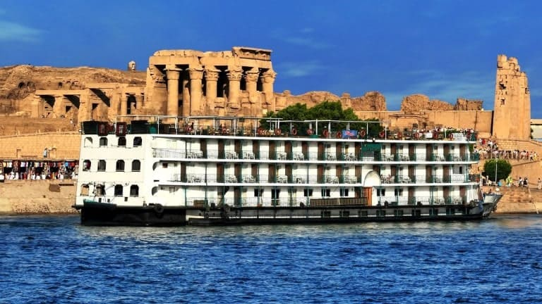 cruising-down-the-nile-bucket-list-idea