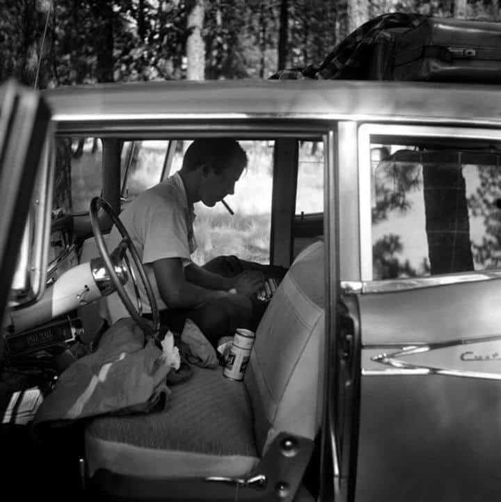hunter s thompson writing in his car
